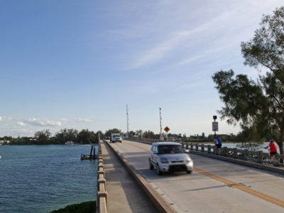 Boats, bikes, pedestrians and vehicles all use the Longboat Pass bridge, which connects Anna Maria Island and Longboat Key. The bridge is the southern end of the 2.8-mile long Bradenton Beach Scenic Highway. (Bradenton Beach Scenic Highway on Anna Maria Island is a waterfront highway corridor that offers nature, scenery, and pedestrian and bike-friendly paths. At 2.8 miles long, it offers panoramic views of the Gulf of Mexico and Sarasota Bay along Highway 789. It also includes access to Leffis Key, an island preserve with trails and plenty of wildlife and bird viewing.) (Bradenton Beach Scenic Highway) Photo made on 11/30/15 Photo by Lara Cerri