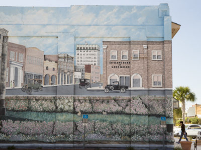 A mural of old Lake Wales in the revitalized portion of downtown Lake Wales on Ridge Scenic Highway. WILLIE J. ALLEN JR.