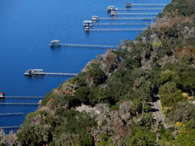 Docks stretch out in to the St. Johns River as the 17-mile William Bartram Scenic and Historic Highway, in western St. Johns County, winds along the waterway. Daron Dean for VISIT FLORIDA